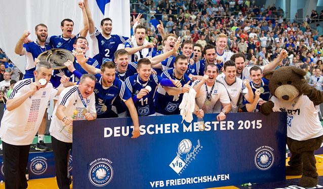 Der VfB ist Deutscher Meister! - Foto: Günter Kram