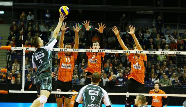 Nach hartem Pokalfight ins Viertelfinale - Foto: Eckhard Herfet