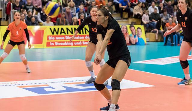 Souveräner 3:0 Erfolg für Straubings Volleyballerinnen gegen Stuttgart II - Foto: Schindler