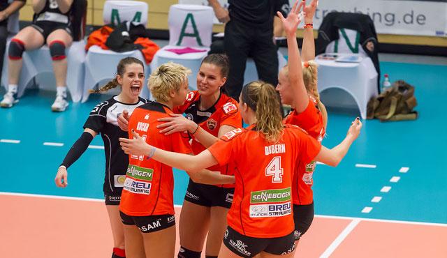 Straubings Volleyballerinnen machen Formtest beim Neujahrsturnier in Suhl - Foto: German Popp