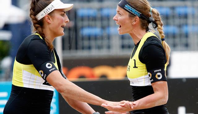 Ilka Semmler (links) und Katrin Holtwick erreichten Platz fünf bei der Europameisterschaft<br>Foto: CEV/www.eventolive.it