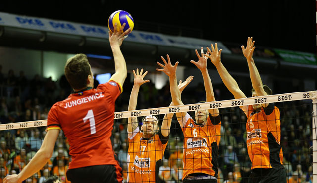 Ohne Wackler ins Halbfinale - Foto: Eckhard Herfet