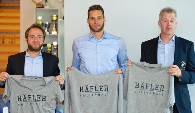 Sebastian Schmidt, Simon Tischer und Vital Heynen stellen die neue Kampagne vor <br>Foto: Günter Kram