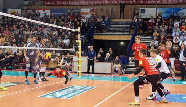 Der TVR verliert auch das dritte Aufeinandertreffen gegen Düren - Foto: Axel Schunack