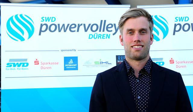 Trainer Anton Brams als Dozent - Foto: Verein