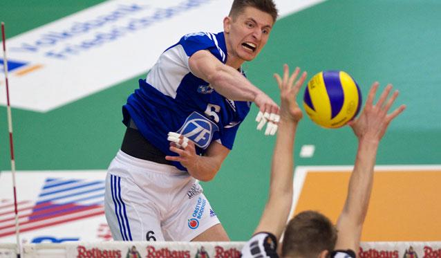Friedrichshafen legt im Meisterschaftsfinale vor - Foto: Günter Kram