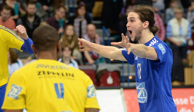 VfB entscheidet Spitzenspiel für sich - Foto: Gesa Katz