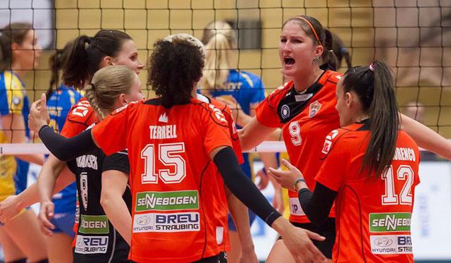 Corina Ssuschke-Voigt (Nr. 9) und das gesamte Team von NawaRo sind heiß auf den Pokalfight in Wiesbaden<br>Foto: Schindler