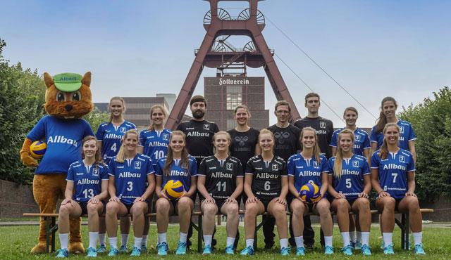 Nächster Matchball für den VC Allbau Essen - Foto: Michael Gohl