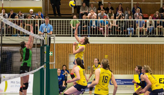 Perfekter Saisonauftakt für DSHS SnowTrex Köln-Volleyballerinnen - Foto: Martin Miseré