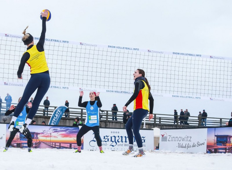 Snow-Volleyball-Premiere: 1. Deutsche Meisterschaft in Winterberg - Foto: PR Wilberg