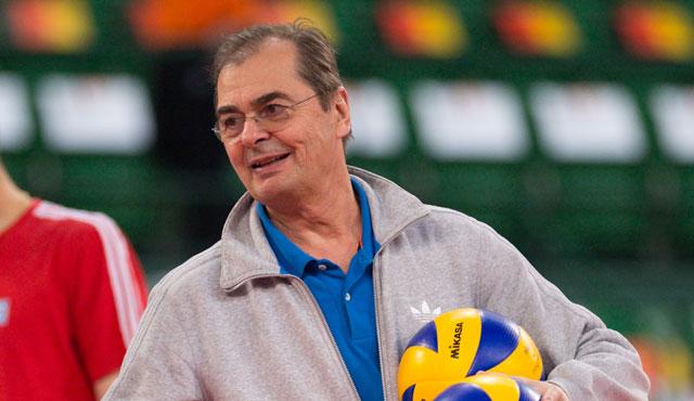 Moculescu feiert 40-jähriges Trainerjubiläum! - Foto: Gesa Katz