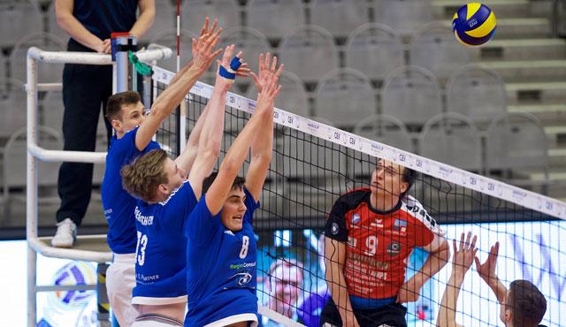 Volley YoungStars bekommen Leipzigs Neuzugang nicht in den Griff - Foto: Günter Kram