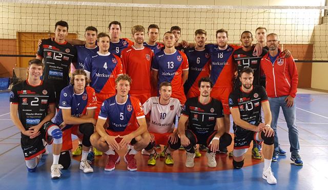 """Manchmal schon """"wie Gott in Frankreich"""" - Foto: United Volleys"""