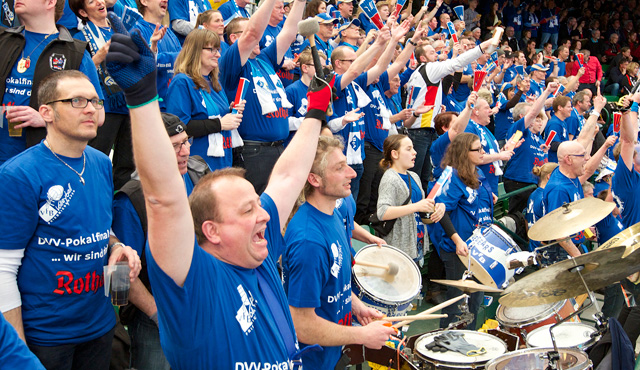 Fanfahrt zum Supercup - Foto: Günter Kram