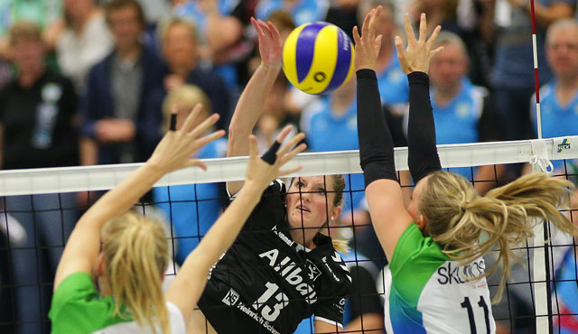VC Allbau Essen - Skurios Volleys Borken 0:3  - Foto: Tom Schulte