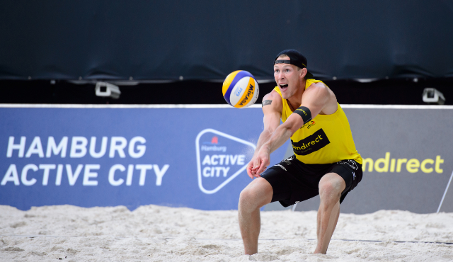 Beacher Philipp Arne Bergmann bei den deutschen Volleyballmeisterschaften ohne Partner Yannick Harms! - Foto: Conny Kurth/DVV