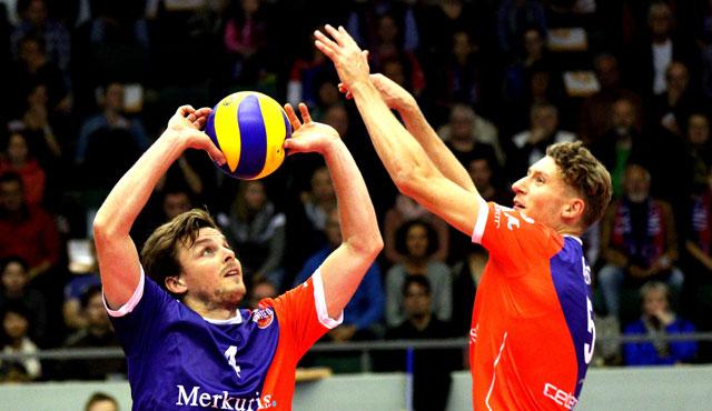 Regisseur Patrick Steuerwald (links, rechts Lukas Bauer) will seine United Volleys auch in Düren zum Sieg führen<br>Foto: United Volleys/Gregor Biskup