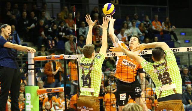 Zeit für die BR Volleys Saisonkarte - Foto: Eckhard Herfet