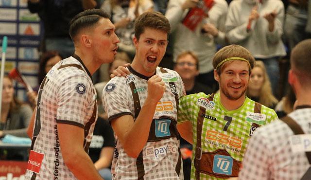 Sensationssieg gegen Tabellenführer - GCDW startet mit erstem Heimsieg - Foto: GCDW