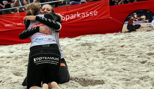 Sabrina Karnbaum und Natascha Niemczyk geben beim Masters keinen Satz ab - Foto: Beach2Go