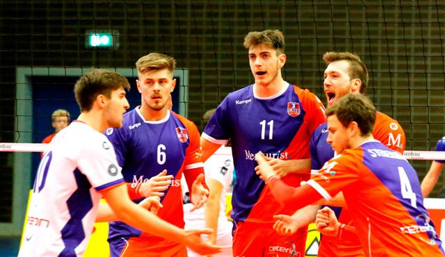 """Raus aus der Feiertagsstimmung, rein in die """"Brandenburger Hölle"""" - Foto: United Volleys/Manfred Neumann"""