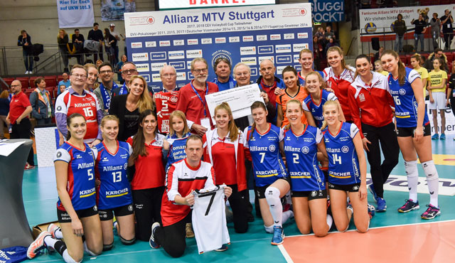 3.270 Euro zugunsten des Kinder- und Jugendhospiz Stuttgart - Foto: Allianz MTV Stuttgart