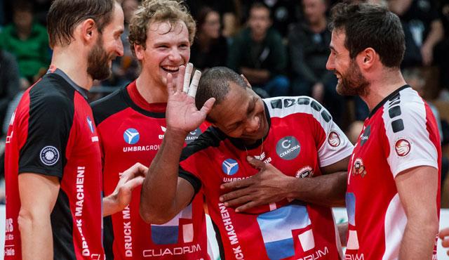 Eltmann-Oshinos drehten verlorenen Satz noch - Foto: Oshino Volleys Eltmann