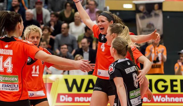 Ungefährdeter 3:0-Erfolg für Straubings Volleyballerinnen beim VCO Berlin - Foto: Schindler