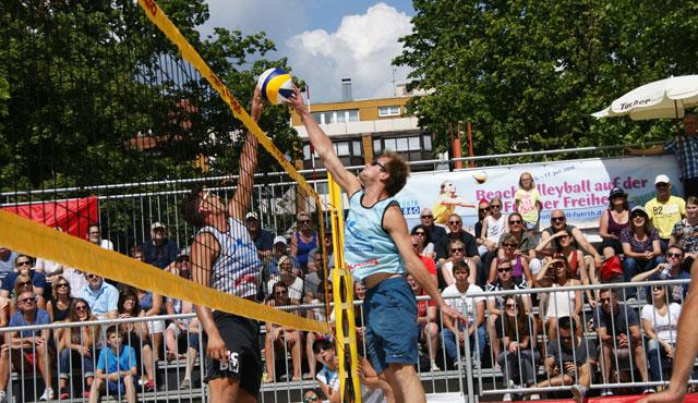 Hauser/Schlegel und Standhardinger/Weidl strahlende Sieger beim BVV Beach Masters - Foto: Stefan Fürst