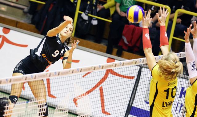 Aachen verliert das NRW-Derby gegen Münster mit 1:3 - Foto: Ladies in Black Aachen