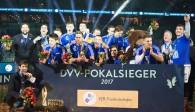 Der VfB Friedrichshafen ist Pokalsieger 2017!   Foto: Günter Kram