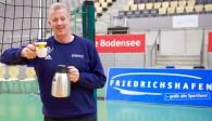Heynen lädt nach dem Spiel zum Frühstück ein   Foto: Günter Kram
