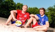 Entspannt im Sand: Mit dem Abschneiden in Dresden können Georg und Peter Wolf zufrieden sein Foto: United Volleys/Manfred Neumann
