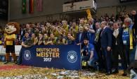 Der SSC Palmberg Schwerin ist Deutscher Meister 2016/17 Foto: SSC / Michael Dittmer