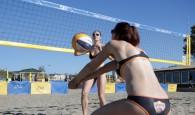 Am Wochenende wollen Sabrina Karnbaum und Natascha Niemczyk beim BVV Beach Masters in Ebersberg mindestens aufs Siegerpodest Foto: youmage.de