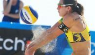 Gut gebaggert! Kira Walkenhorst erwischte in Fort Lauderdale einen guten Start in das Turnier Foto: FiVB
