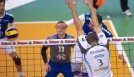 MVP Protopsaltis macht den Punkt am Block vorbei  Foto: Günter Kram